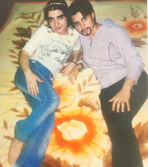 بیوگرافی و عکس های لخت ندا یاسی و دوست پسرانش