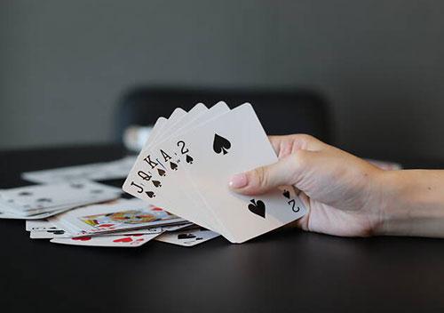 بازی هفت خبیث چیست؟ آموزش کامل بازی 7 خبیث یا 7 کثیف
