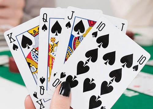بازی چهاربرگ یا پاسور 11،آموزش بازی های کازینو