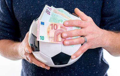 آموزش تحلیل و آنالیز فوتبال | چگونه به یک تیپستر تبدیل شویم؟