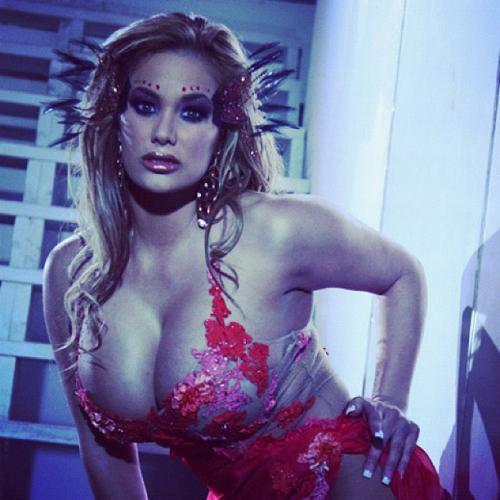 عکس اندام سکسی شیلا استایلز بازیگر پورن کانادایی Shyla Stylez