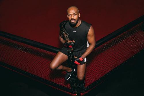 همه چیز درباره جان جونز Jon Jones قهرمان UFC