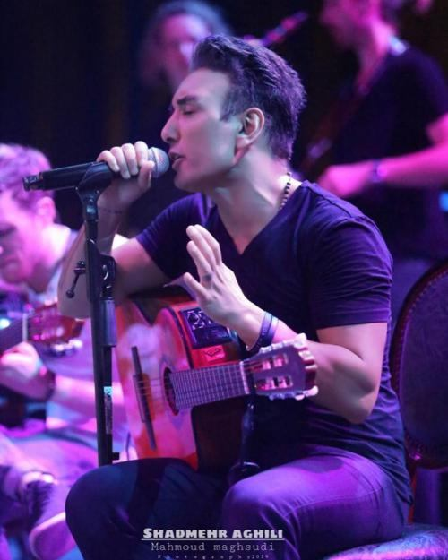 10 خواننده ایرانی که سایت شرط بندی دارند
