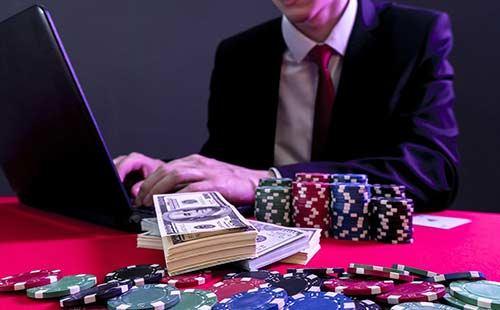 ترفند برد در بازی های کازینو آنلاین برای کسب درآمد واقعی!