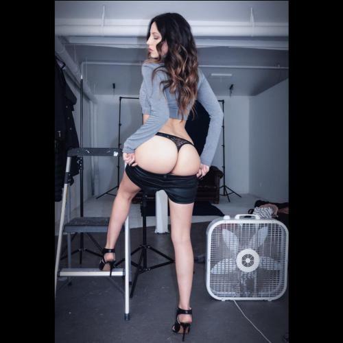 بیوگرافی و عکس های جنا هیز بازیگر پورن 18+