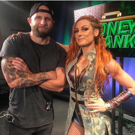 بیوگرافی بکی لینچ THE MAN ستاره محبوب WWE + عکس های داغ